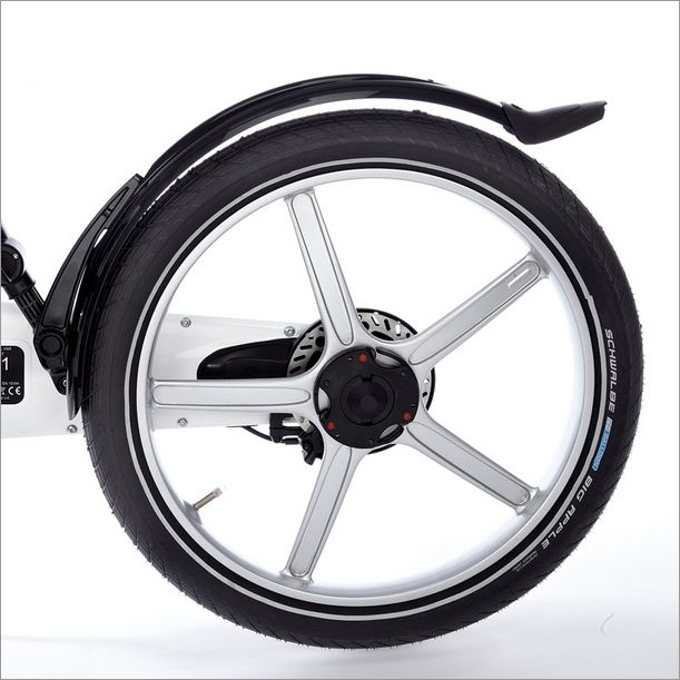 The Gocycle rear mudguard offers extra protection in the rain and can be fitted quickly and is removable for folding.