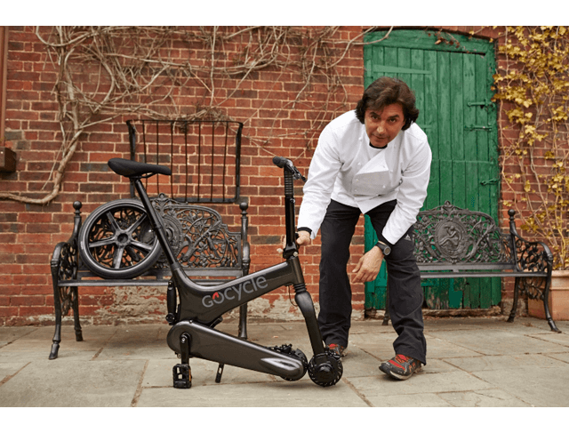 Jean-Christophe Novelli unfolding his Gocycle.