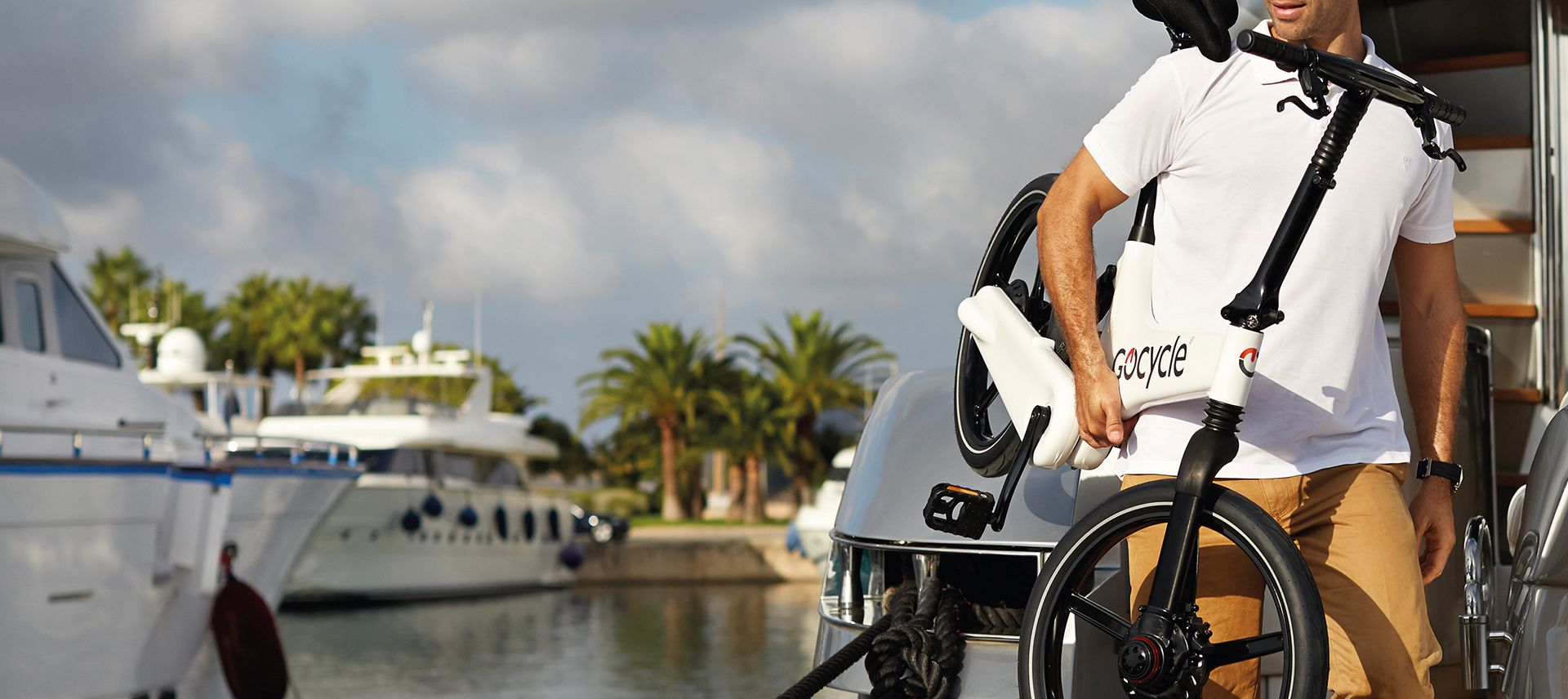 Gocycle is lightweight and easy to carry and handle and it folds too which is convenient for boat owners.